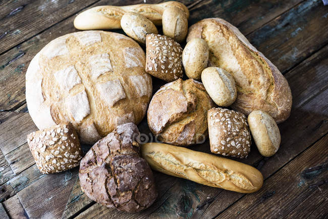 Various sorts of bread — Stockfoto