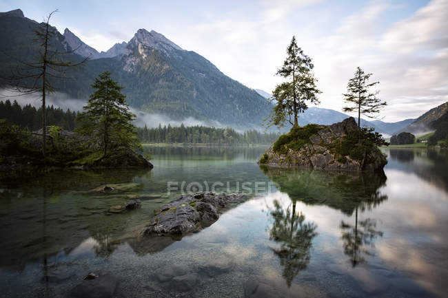 Germany, Bavaria, Ramsau, Hintersee — Stock Photo