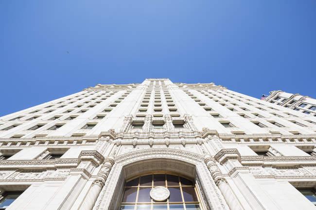 США, Иллинойс, Чикаго, Фасад здания Wrigley — стоковое фото