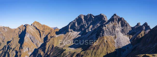 Germany, Bavaria, Allgaeu,  Allgaeu Alps, Raedlergrat at Himmelhorn, Schneck, Himmeleck, Grosser Wilder and Kleiner Wilder — Stock Photo
