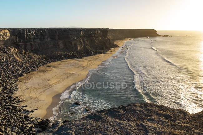 Испания, Канарайские острова, Фуэртевентура, береговая линия — стоковое фото