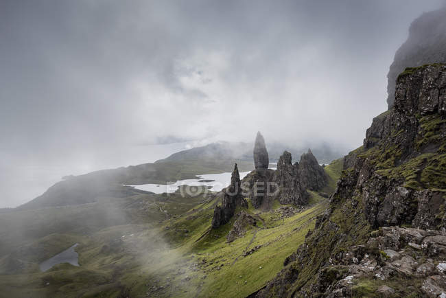 Uk, schottland, innere hebriden, isle of skye, trotternish, old man of storr — Stockfoto