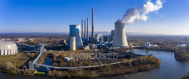 Germany, Hesse, Aerial view of Grosskrotzenburg Power Station — Stock Photo