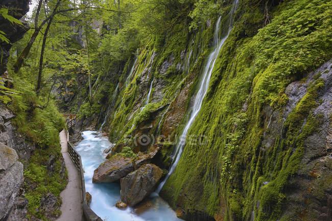 Німеччина, Баварія, Вімбахклам, водоспад — стокове фото
