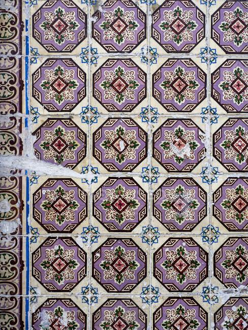 Portugal, Lisbon, Azulejo at a facade — Stockfoto