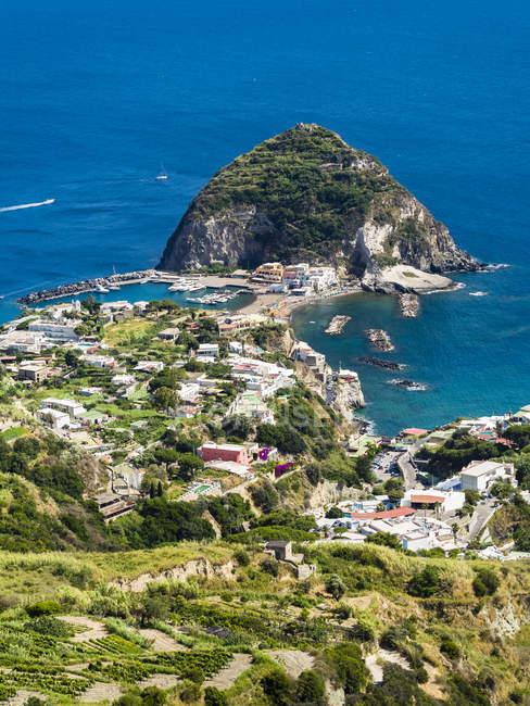 Italia, Campania, Ischia, Forio, Veduta di Sant'Angelo — Foto stock