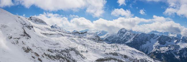 Німеччина, Баварія, Allgaeu, Allgaeu Альп, вид з Zeigersattel до Hoefats взимку — стокове фото