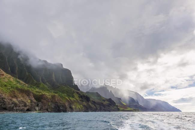 Stati Uniti, Hawaii, Kauai, Na Pali Coast State Wilderness Park, Na Pali Coast — Foto stock