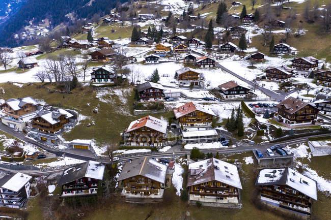 Svizzera, Canton Berna, Grindelwald, paesaggio urbano in inverno — Foto stock