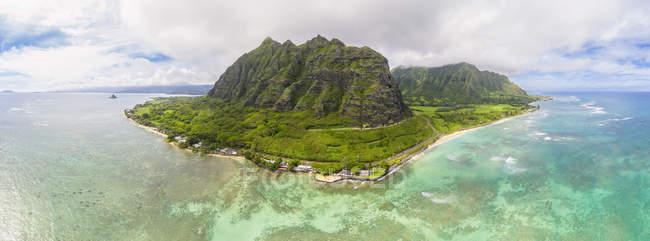 USA, Haswaii, Oahu, Ko'olau Range, Kualoa Point e China Man Hat Island — Foto stock