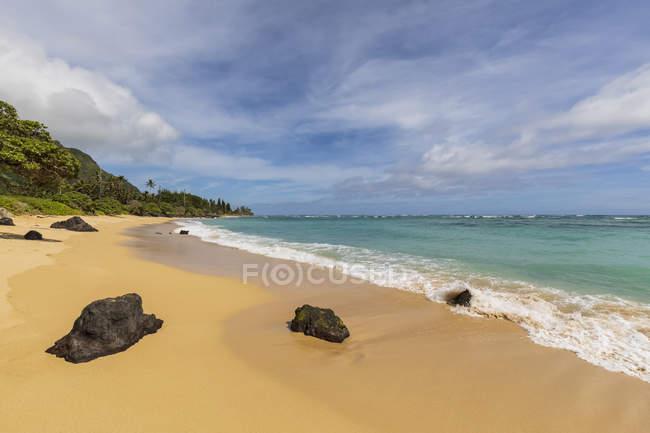 Estados Unidos, Hawaii, Oahu, Ka 'O' lo Point, playa - foto de stock