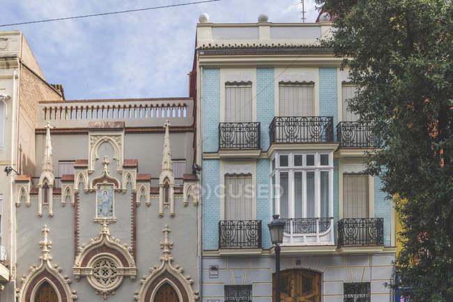 Spain, Valencia, El Cabanyal, facades of houses — Stock Photo