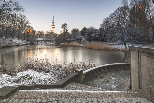 Allemagne, Hambourg, parc Planten un Blomen à un matin d'hiver — Photo de stock
