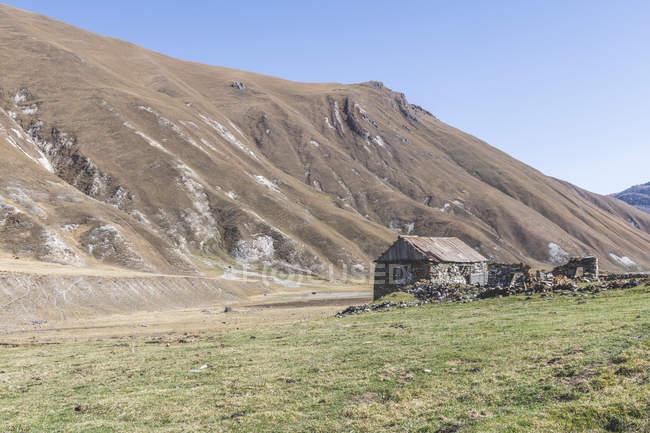 Грузія, великий Кавказ, ущелина Труо з с. Кетрісі — стокове фото