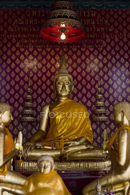 Thailand, Bangkok, buddha statues inside a temple — Stock Photo