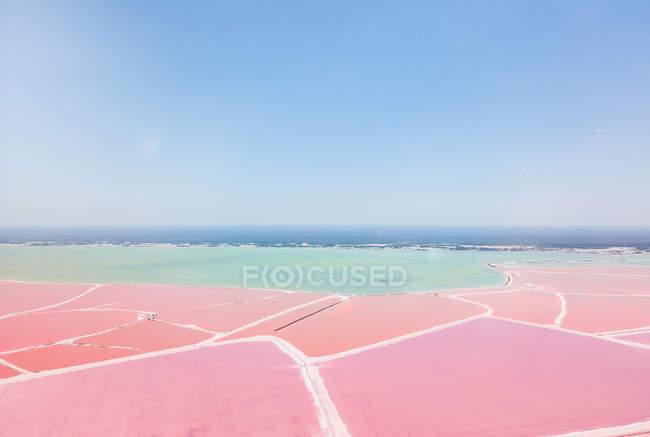 Масіко, Юкатан, Лас-Вікьядас, рожеві озера Солт-Лейк — стокове фото