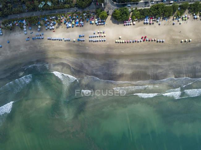 Bali, Kuta Beach, view to ocean and  beach, aerial view — Photo de stock