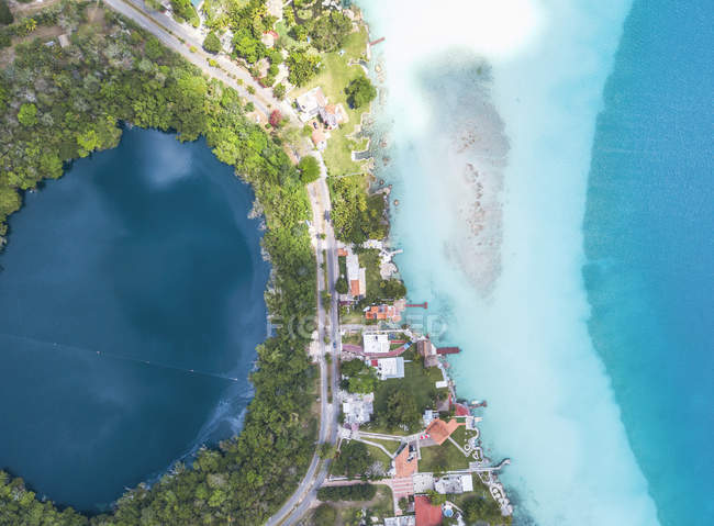 Mexiko, Yucatan, Quintana Roo, lagoon of Bacalar, drone image — Stock Photo
