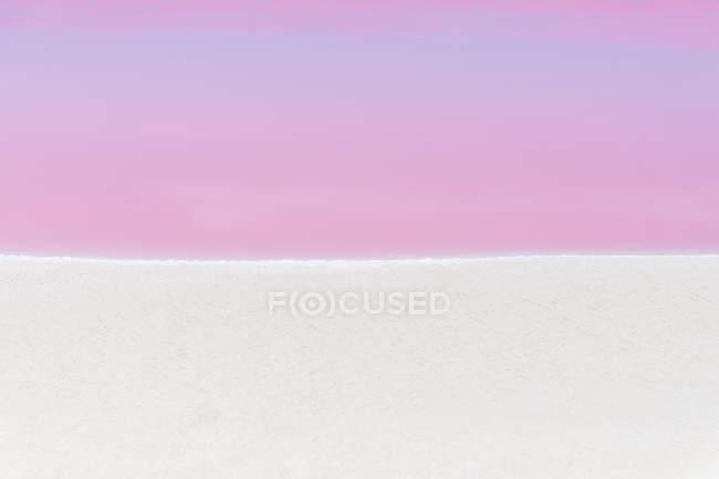 Mexiko, Yucatan, Las Coloradas, Pink Lake salt lake — Stock Photo