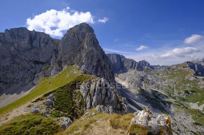 Чорногорія, Національний парк Дурміор, гірський масив Дурміор, вид з гори Саву Кук — стокове фото