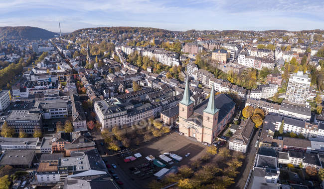 Germany, Wuppertal, Elberfeld, Aerial view of Laurentius Square — Stock Photo