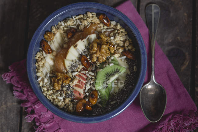 Crunchy muesli, vanilla curd, nuts and fruits — Stock Photo