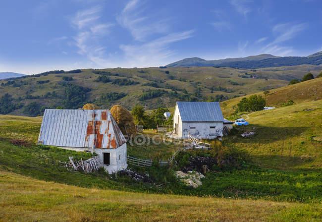 Чорногорія, Durmitor, Pisce, копиці сіна — стокове фото