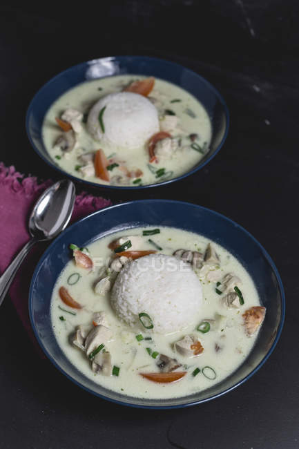 Tom Ka Gai, Thai-Suppe mit Huhn — Stockfoto