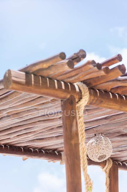 Мексика, Юкатан, Quintana Роо, острів Гольбош, дах сонця на пляжі — стокове фото