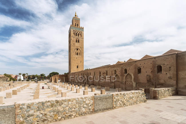 Morocco, Marrakesh, Djami Al Fina, Koutoubia mosque — Stock Photo