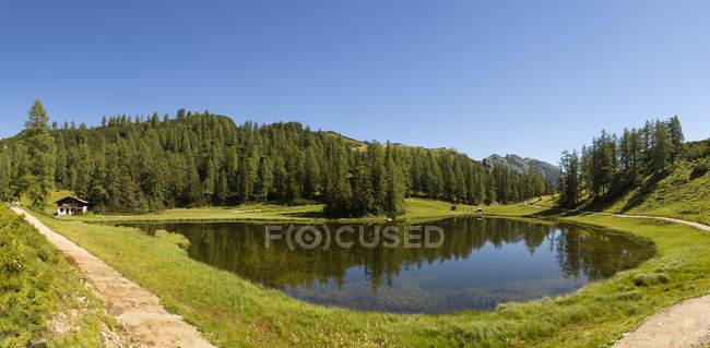 Австрія, Штирія, Тауплітц, озеро Кралерзее — стокове фото