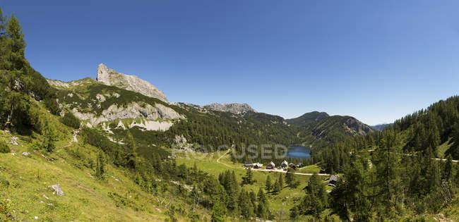 Austria, Styria, Tauplitz, Totes Gebirge, Lake Steirersee — Stockfoto
