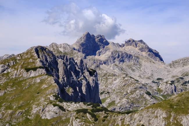 Чорногорія, Національний парк Дурміор, гірський масив Думіор, вид з гори Саву Кук на гірських вершинами — стокове фото