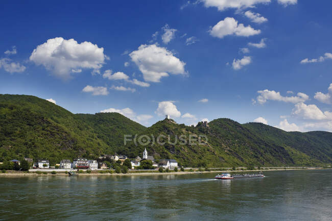 Germany, Sterrenberg castle and Liebenstein at the middle Rhine — Stock Photo