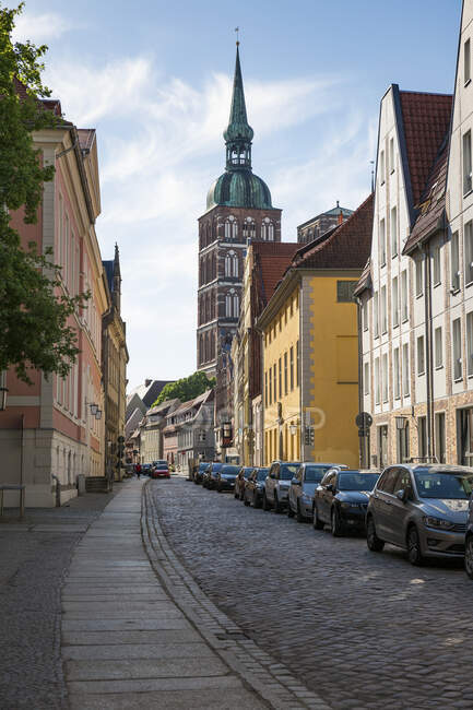 Germany, Mecklenburg-Western Pomerania, Stralsund, Old town, St. Nicholas' Church — Stock Photo