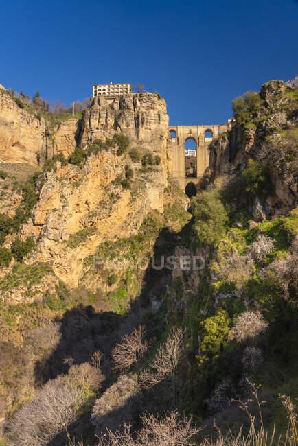 España, Andalucía, Provincia Málaga, Ronda, Puente Nuevo y Cañón del Tajo, El Tajo - foto de stock