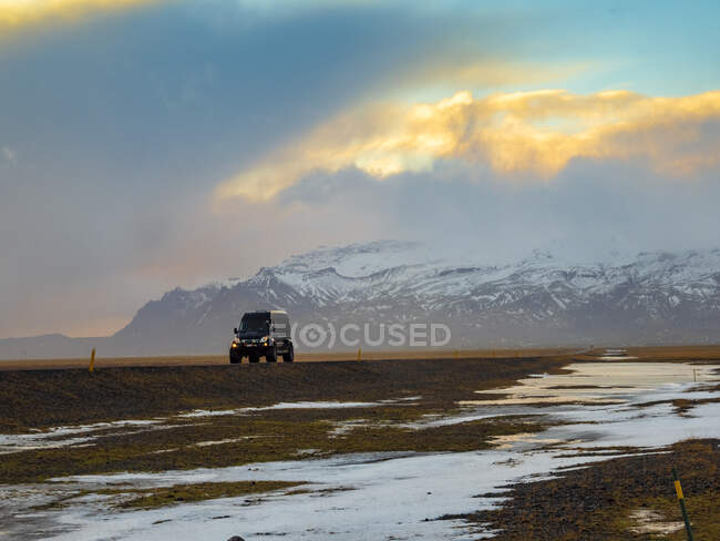 Iceland, off-road vehicle on country road — Stock Photo