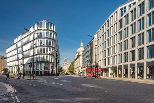 Royaume-Uni, Londres, City of London, station de métro Mansion House, Queen Victoria Street — Photo de stock