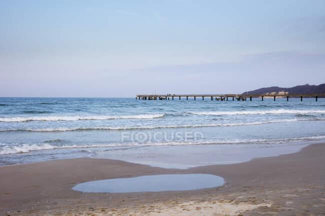 Germania, Ruegen, Binz, vista sul Mar Baltico dalla spiaggia di sabbia — Foto stock
