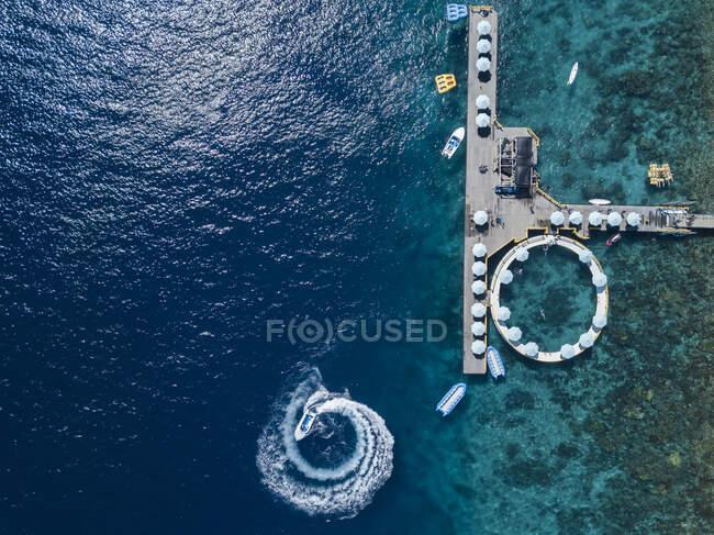 Aerial view of tourist attractions, Kutampi beach, Nusa Penida island, Bali,Indonesia — Stock Photo