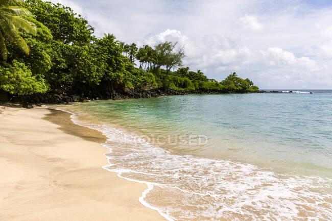 Hamoa beach, Maui, Hawaii, Estados Unidos - foto de stock