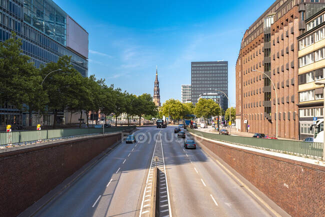Willy-Brandt-Strasse, Hamburgo, Alemanha — Fotografia de Stock