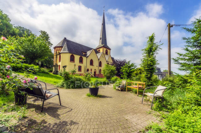 Germany, Rhineland-Palatinate, Linz am Rhein, St Martin's Church — Stock Photo