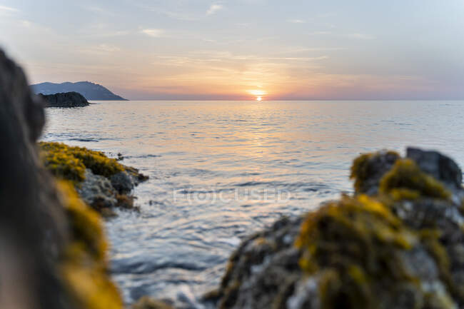 Spain, Costa Brava, Sunrise above sea — Stock Photo