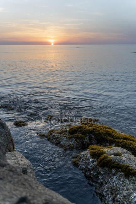 Spagna, Costa Brava, Alba sopra il mare — Foto stock