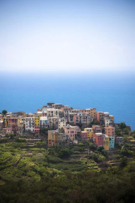 Corniglia al Mar Mediterraneo, Liguria, Cinque Terre, Italia — Foto stock