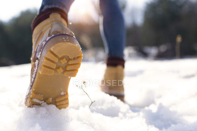 Close-up of shoe sole in winter — Fotografia de Stock