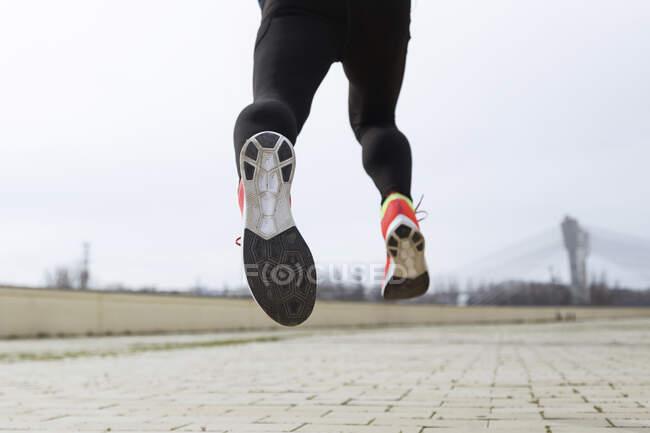 Corredor corredor, pés de corredor, sola de sapato — Fotografia de Stock