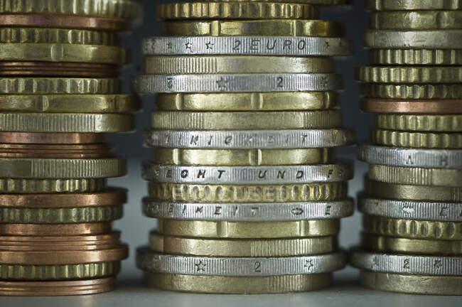 Monete metalliche in euro — Foto stock