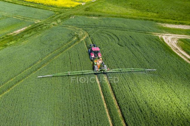 Alemania, Hessen, Wetterau, vista aérea del campo - foto de stock